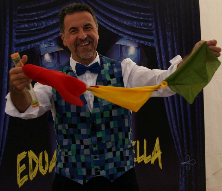 EDUARDO LABELLA MAGIA INFANTIL MAGIA FAMILIAR